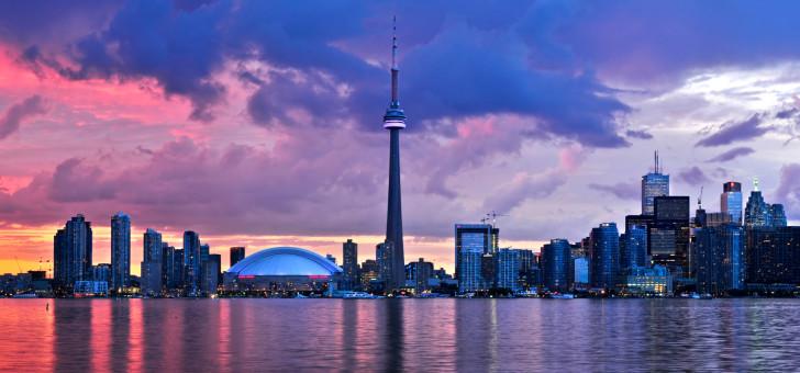 Торонто вечером