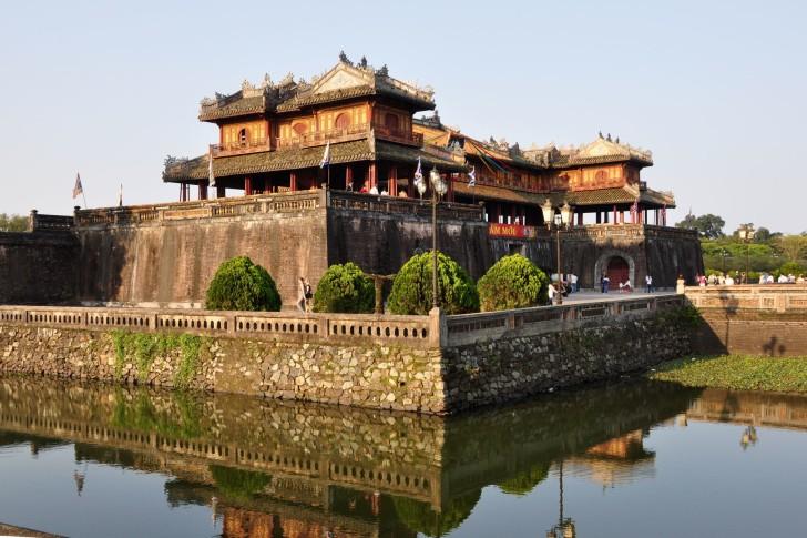 Дом у реки во Вьетнаме