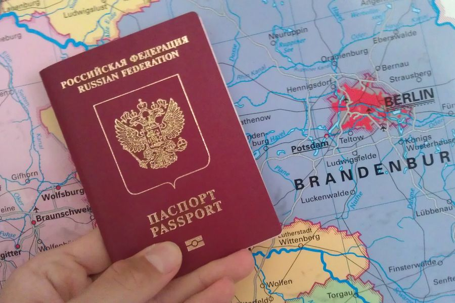 Шенгенская виза для россиян в 2018 году: цена и сроки изготовления, как получить самостоятельно